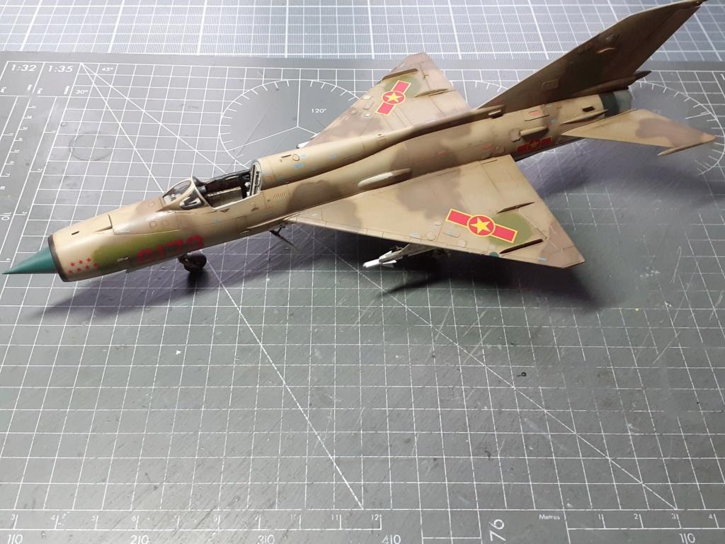 MiG-21 PFM Viet Air Force (Eduard 1/48°) par Canard - Page 4 20211014