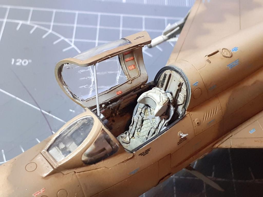 MiG-21 PFM Viet Air Force (Eduard 1/48°) par Canard - Page 4 20211028