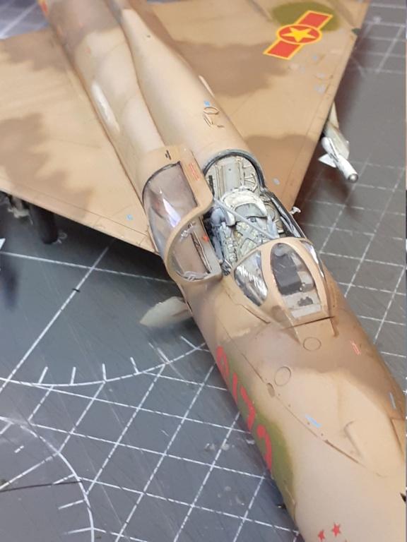 MiG-21 PFM Viet Air Force (Eduard 1/48°) par Canard - Page 4 20211029