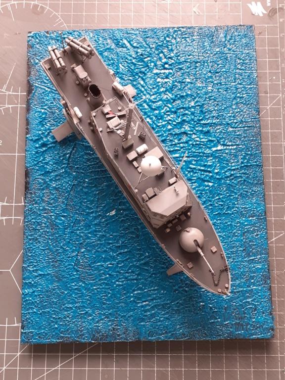 USS Pegasus PHM-1 (Hobby Boss 1/200°) - Page 4 20211447