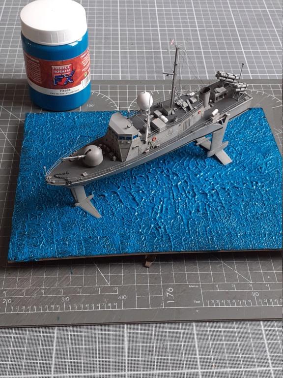 USS Pegasus PHM-1 (Hobby Boss 1/200°) - Page 4 20211448