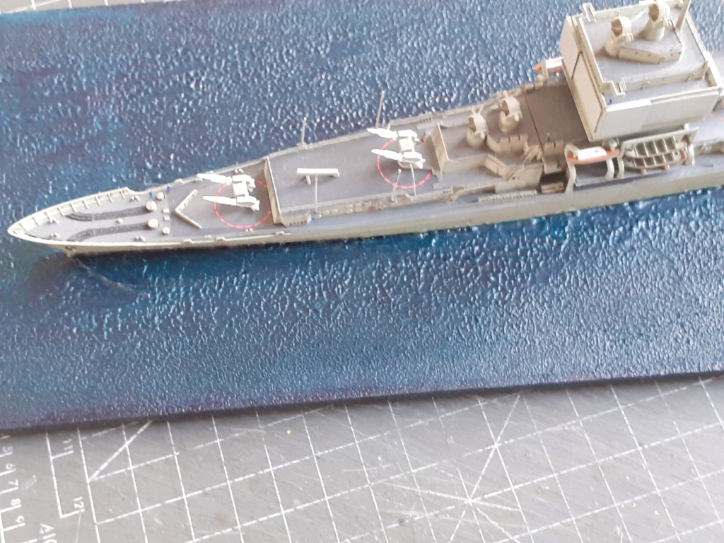 USS Long Beach - CGN-9 (Dragon 1/700°) 20211473