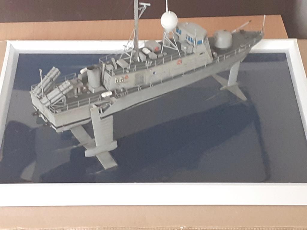 USS Pegasus PHM-1 (Hobby Boss 1/200°) - Page 4 20211513