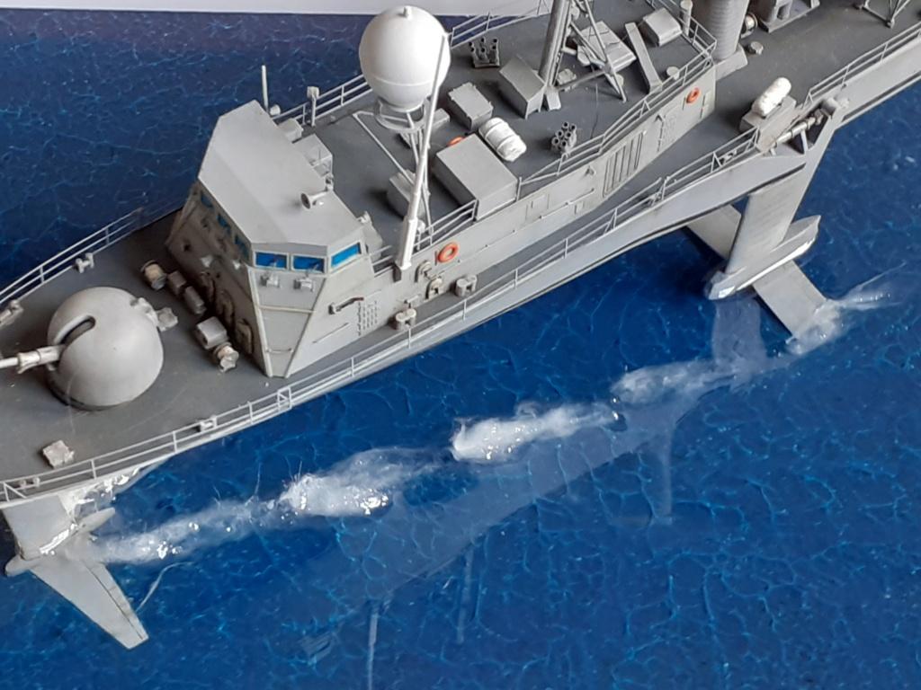 USS Pegasus PHM-1 (Hobby Boss 1/200°) - Page 5 20211558