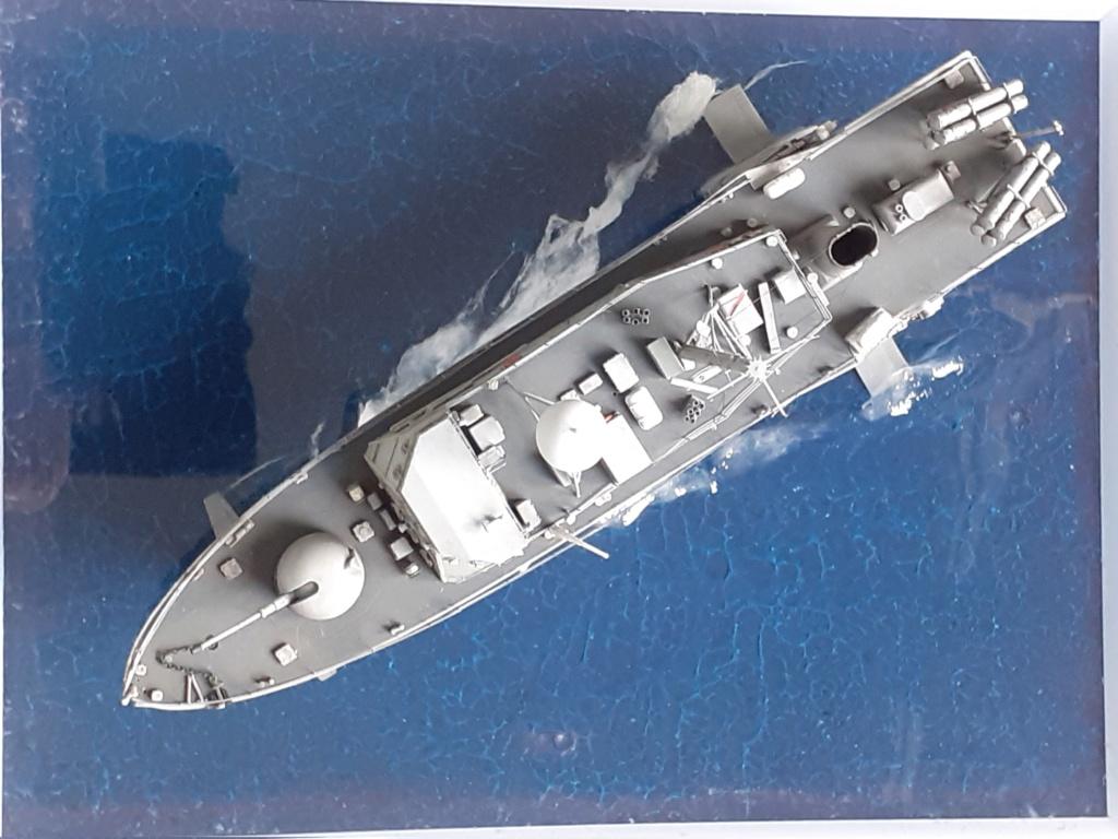 USS Pegasus PHM-1 (Hobby Boss 1/200°) - Page 5 20211559