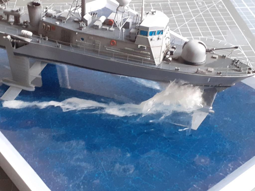 USS Pegasus PHM-1 (Hobby Boss 1/200°) - Page 5 20211576