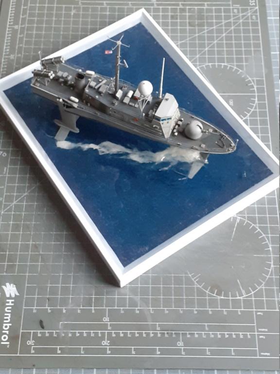 USS Pegasus PHM-1 (Hobby Boss 1/200°) - Page 5 20211577