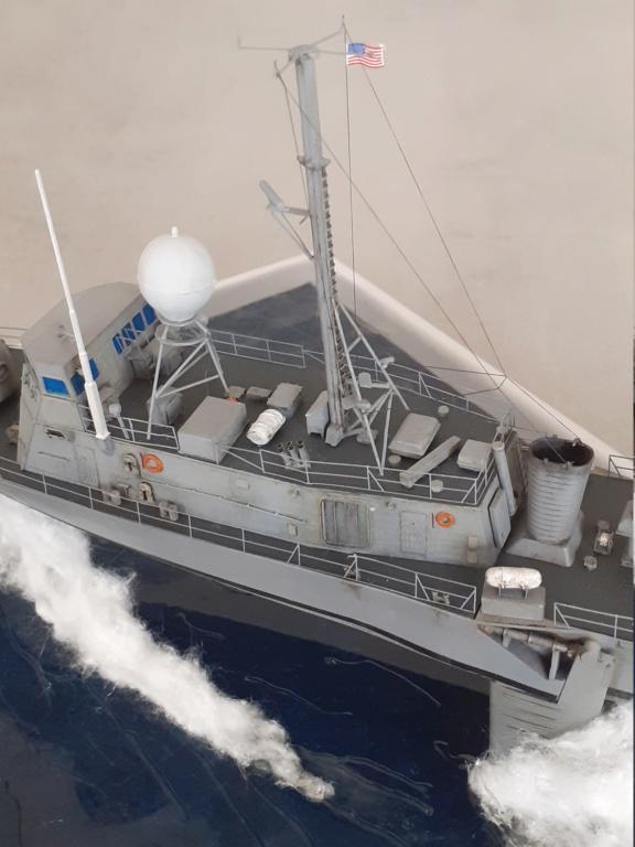 USS Pegasus PHM-1 (Hobby Boss 1/200°) - Page 6 20211661