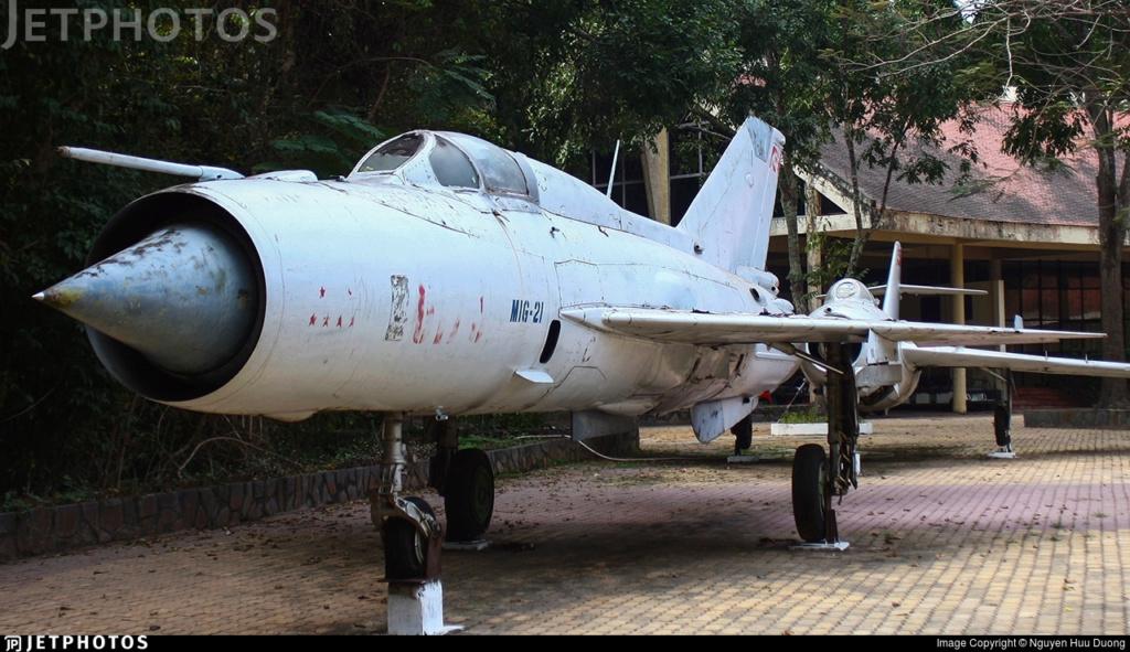 Un Russe en Asie (MiG-21 PFM - Eduard 1/48) 94111_10