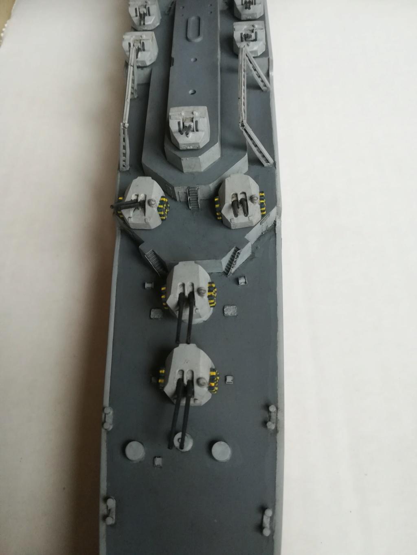 Le dernier croiseur - Croiseur Antiaérien Colbert C 611 - Heller 1/400 - Page 10 Img_1045