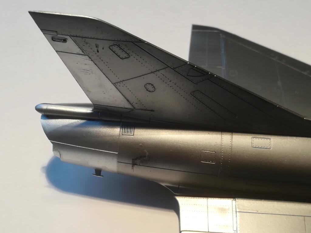 De l'alu dans l'azur - Mirage IIIC (Eduard 1/48) - Page 16 Img_1298