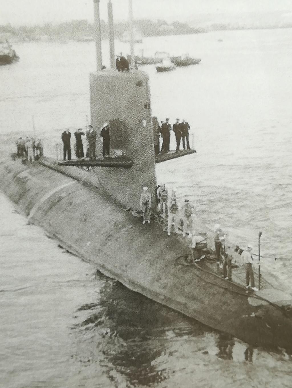 USS Scorpion (SSN-589) Skipjack class 1/72 Img_2310