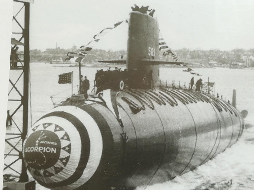 USS Scorpion (SSN-589) Skipjack class 1/72 Img_2312