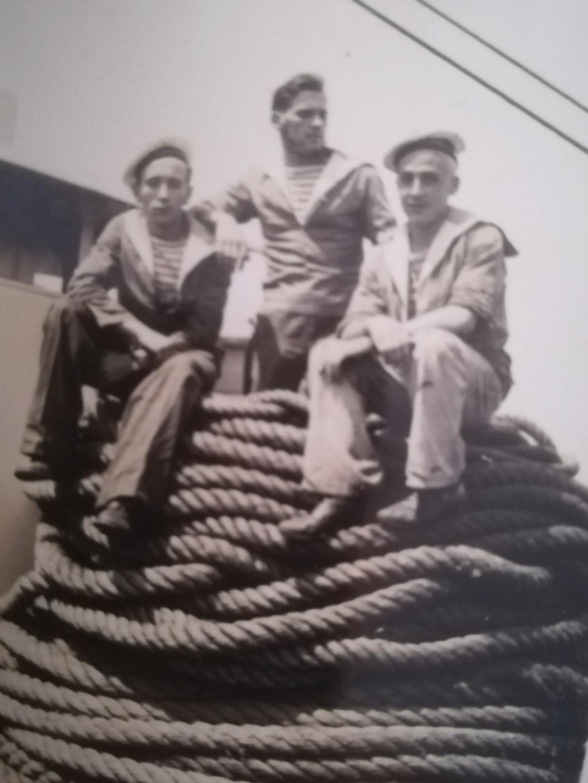 Quelques photos inédites : Grand-père marin Img_4266