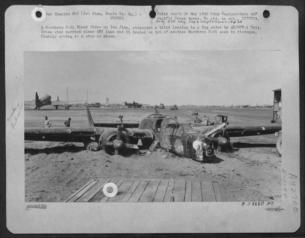 Lady in the Night (P-61B-1-NO Black Widow - GWH 1/48) Northr15