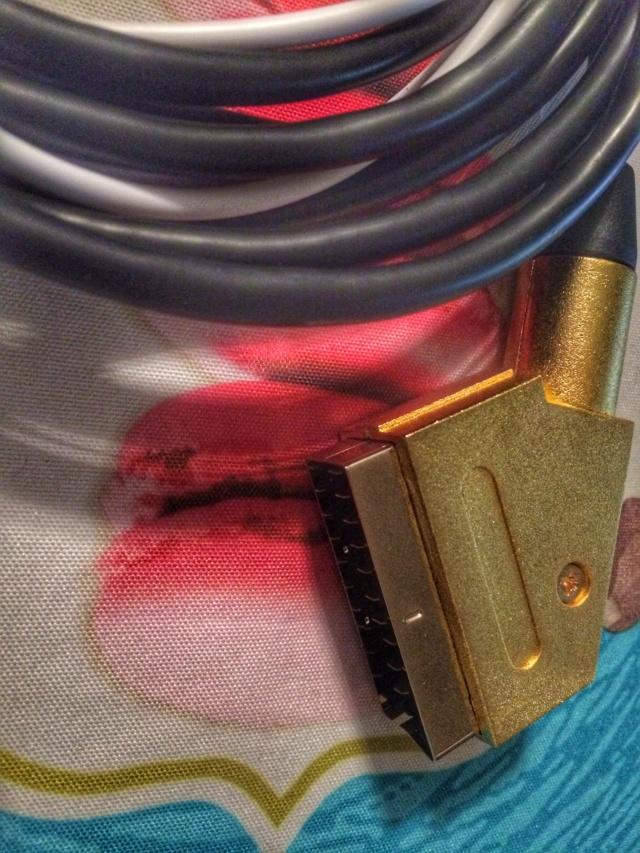 Concept : projet de câble video RGB SCART AES/MVS fait maison - Page 3 Img-0521