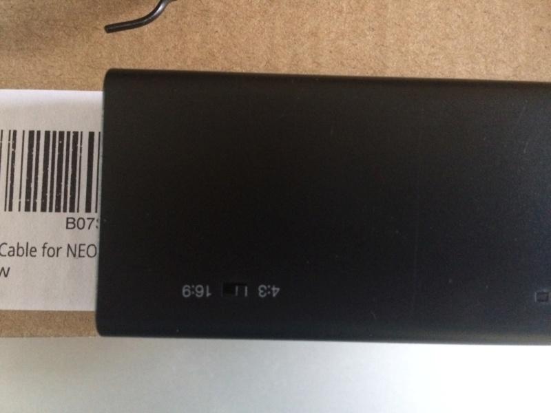 "Câble video ""tout en un"" LevelHike Neogeo RGB vers HDMI 720p Img_1211"