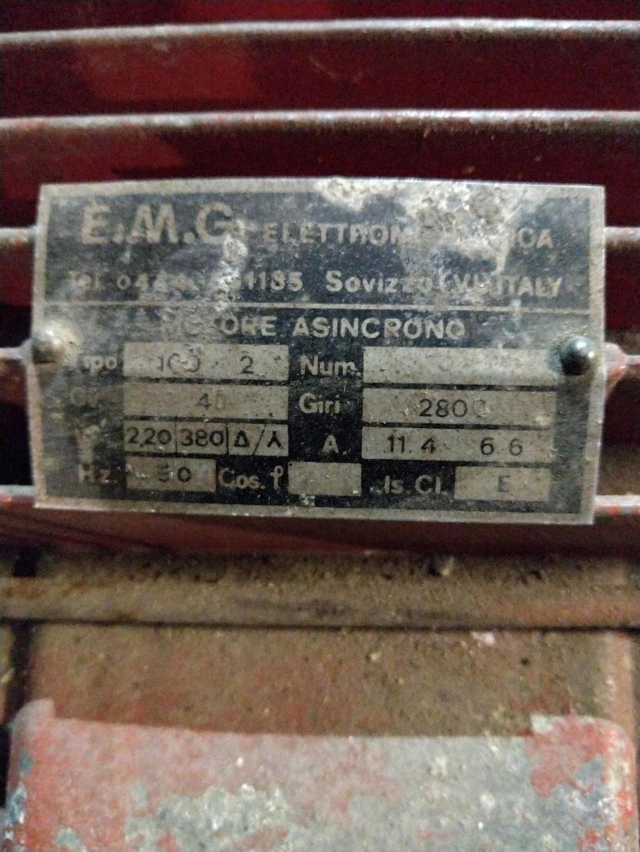 compresseur 380V à passer en 220V Img_2049