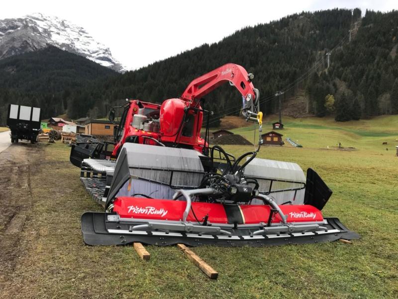 Nouvelle Pistenbully 600 Polar 4.6+T Level Red pour TVGD Vzvl0510