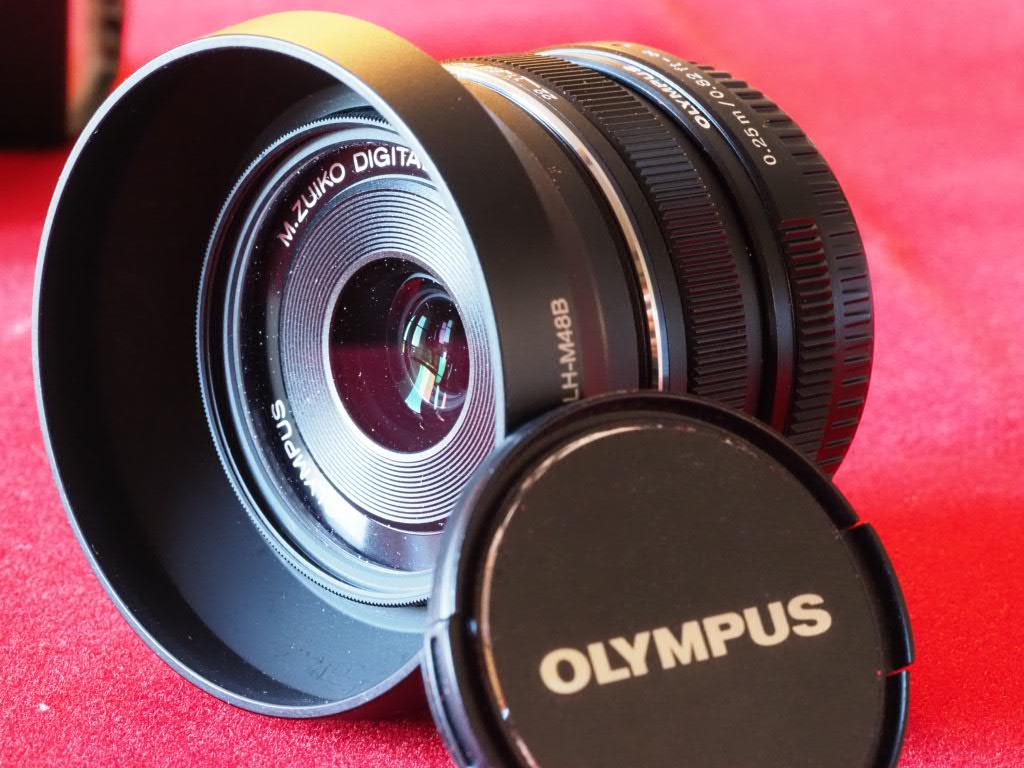 [VDS] M. Zuiko 17mm f1.8, Noir, pare-soleil, filtre UV, encore GARANTI Pem13017