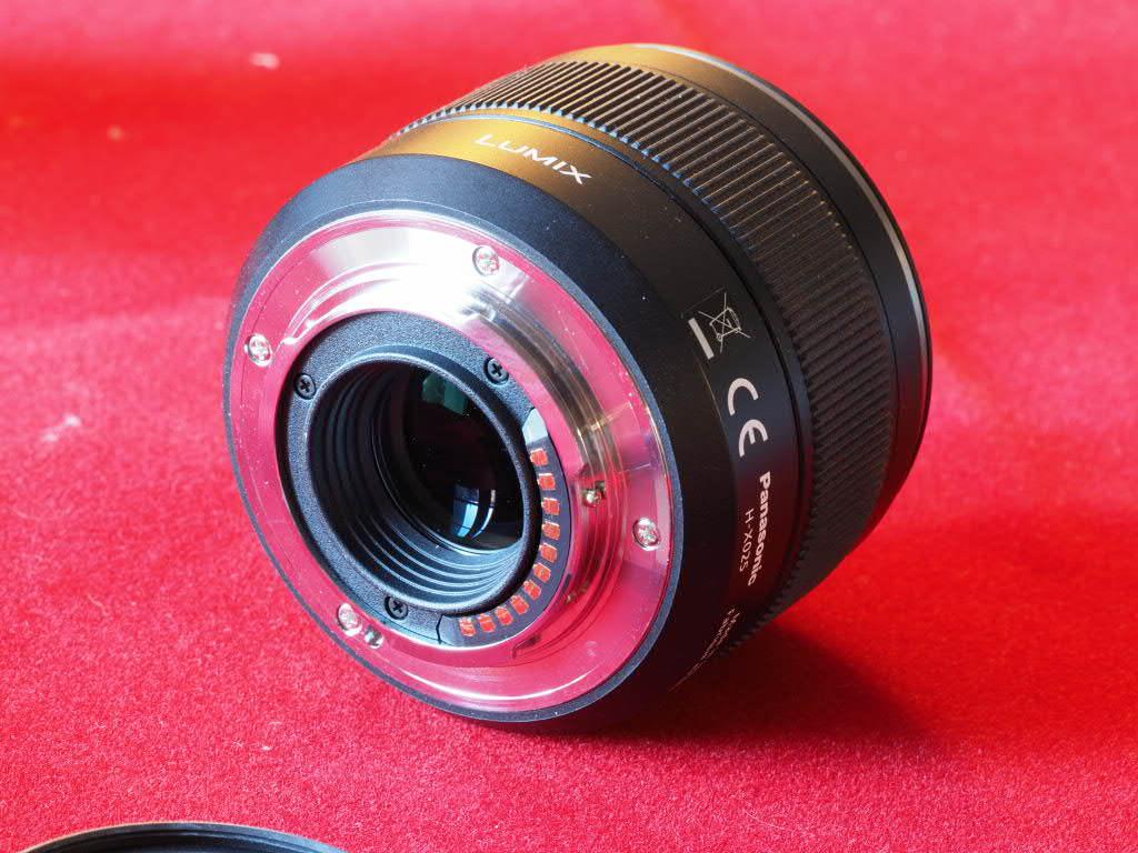 [VENDU] Objectif Lumix DG Summilux Leica ASF 25mm 1.4 Pem13022