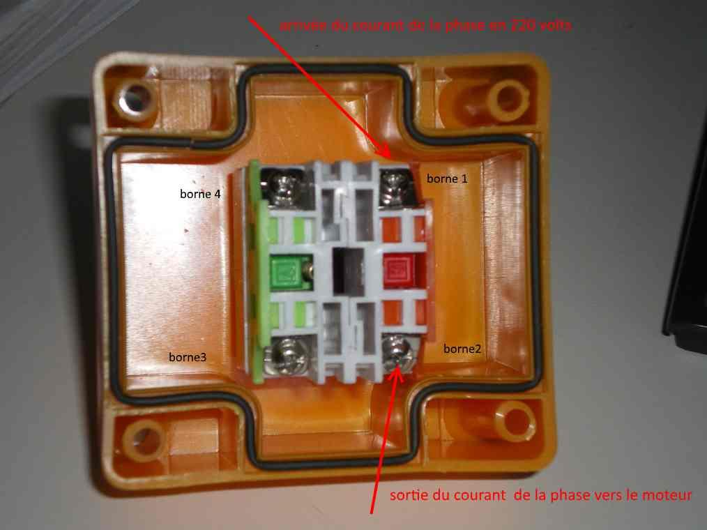 installation de 3 boutons d'arrêt d'urgence sur table kity Imgp0016