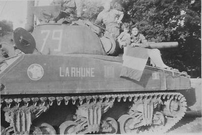 Où ont été prises ces photos de M4A1 du 12ème Cuirs? 4esc_010