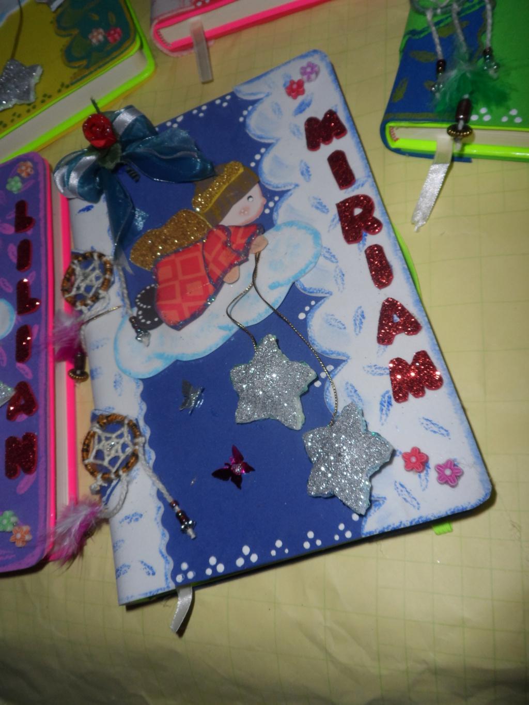 Cuaderno forrado angelitos Sam_0311