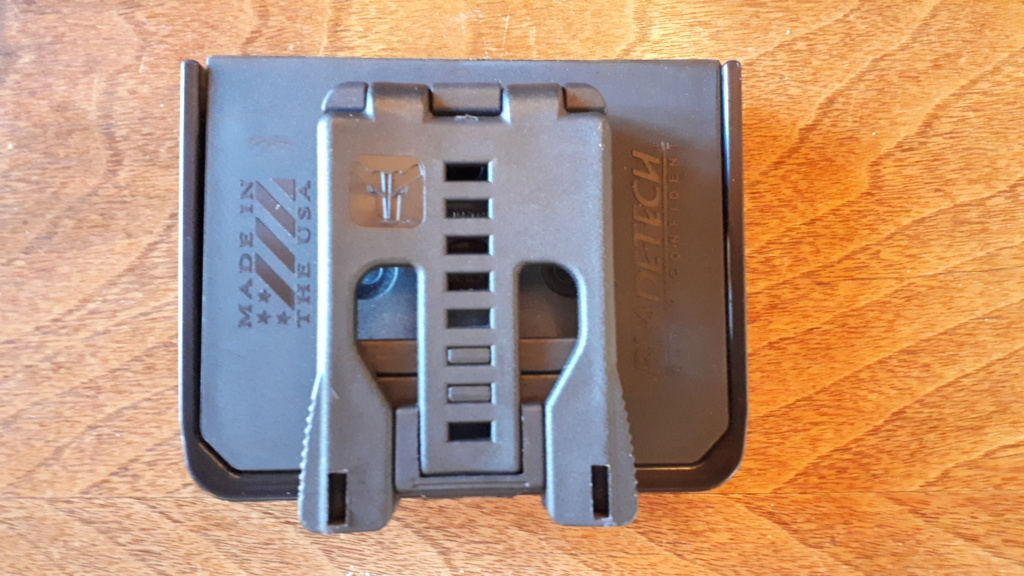 Blade-tech Double Mag Pouch pour Single Stack Magazines   $30.00    Brand New 20201013