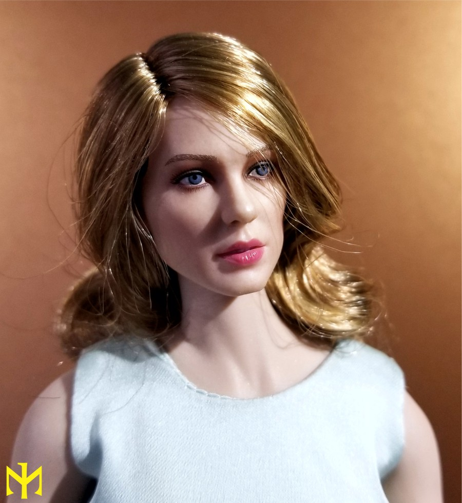 film - Black Box Toys BBT9006 Spectre Girl (Madeleine Swann/Lea Seydoux) Review Bbtsg011