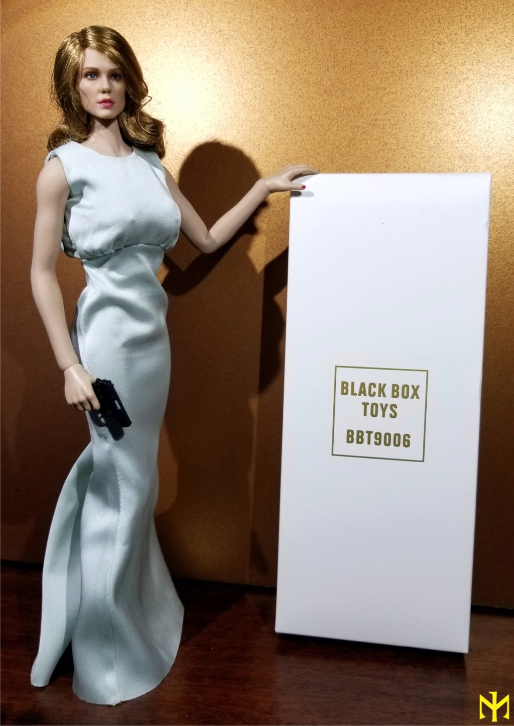 film - Black Box Toys BBT9006 Spectre Girl (Madeleine Swann/Lea Seydoux) Review Bbtsg012