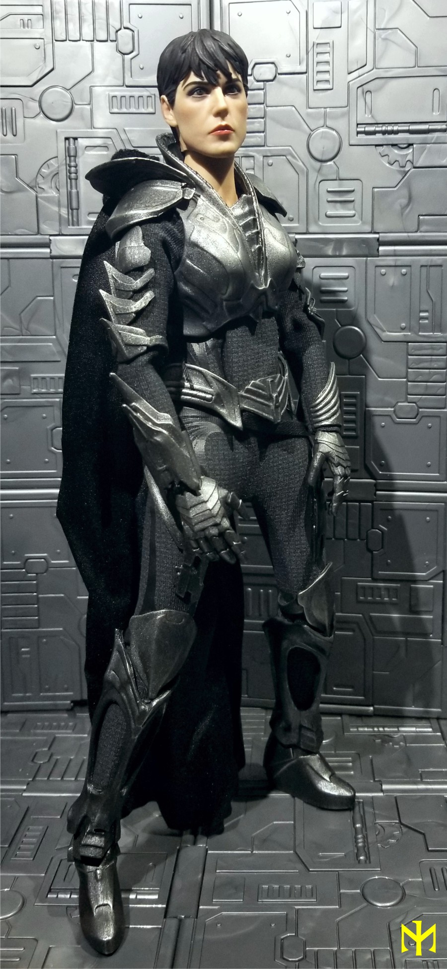 Topics tagged under zod on OneSixthFigures Faora013