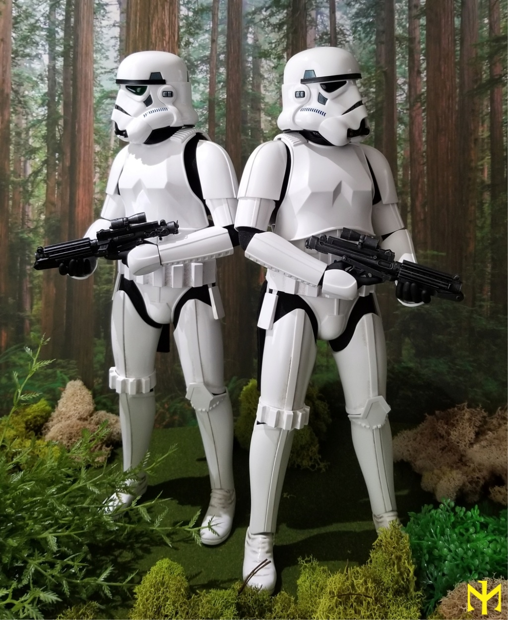 Military - STAR WARS Return of the Jedi Stormtrooper by Hot Toys review (updated with Part II - Deluxe) Htrjs010