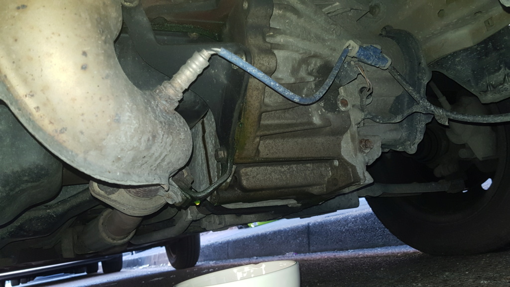 [ Mazda III 121 1.0 ess 60cv an 2001 ] Fuite liquide de refroidissement 20200518