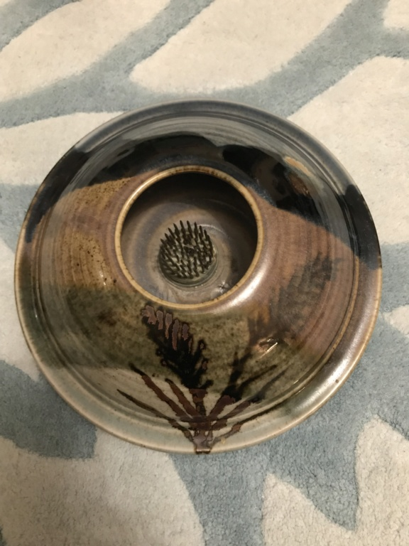 Can anyone identify this potter? 88858a10