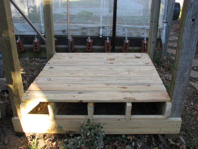 elevated raised bed over cemented area 1bed710