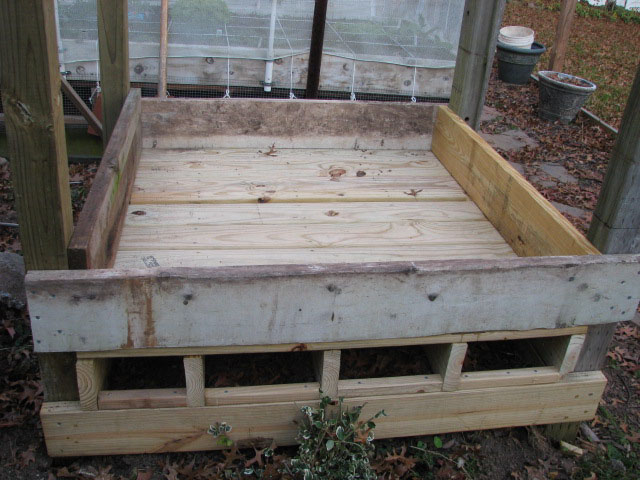 elevated raised bed over cemented area 1bed810