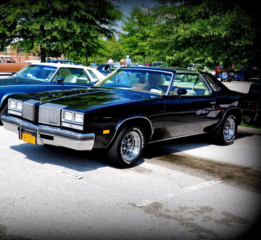 New Member with a 1977 Cutlass Supreme Brougham Cutlas11