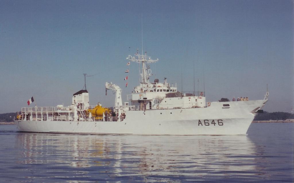 [Plongeurs démineurs] Bâtiment d'Expérimentations et de Recherches Sous-Marines (BERSM) TRITON - Page 4 Numzor16