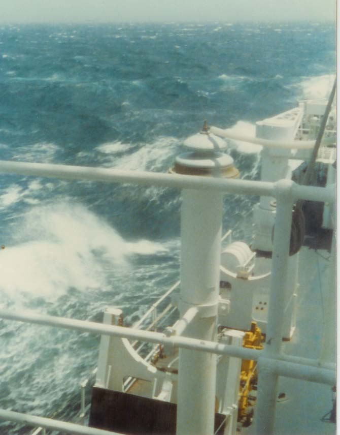 [Plongeurs démineurs] Bâtiment d'Expérimentations et de Recherches Sous-Marines (BERSM) TRITON - Page 5 Scan0011