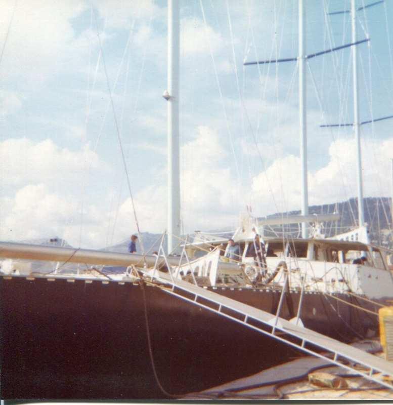 [ Marine à voile ] Vieux gréements - Page 10 Toulon15