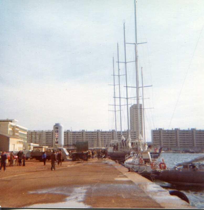 [ Marine à voile ] Vieux gréements - Page 10 Toulon16