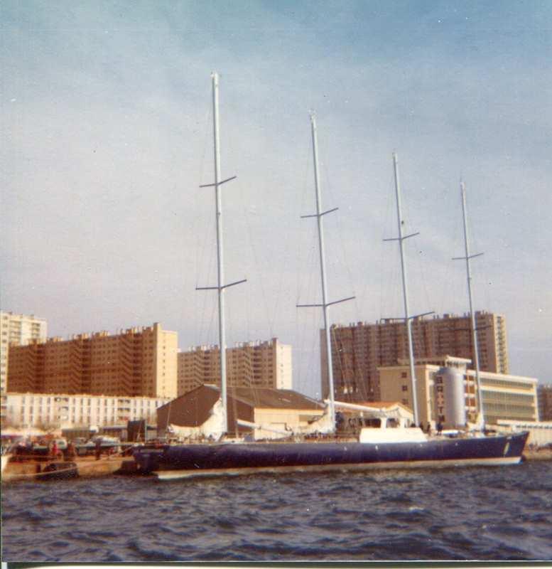 [ Marine à voile ] Vieux gréements - Page 10 Toulon17