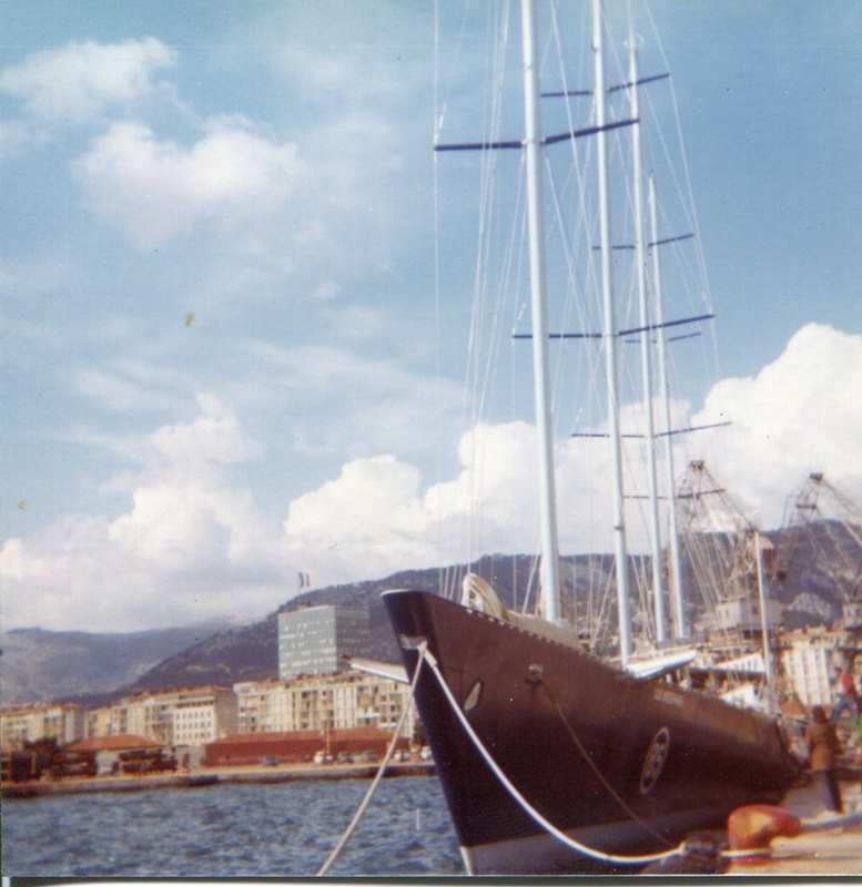 [ Marine à voile ] Vieux gréements - Page 10 Toulon21