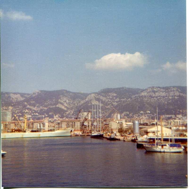 [ Marine à voile ] Vieux gréements - Page 10 Toulon22