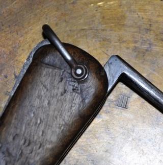 couteau gravité ww2 lame symétrique Coutea18