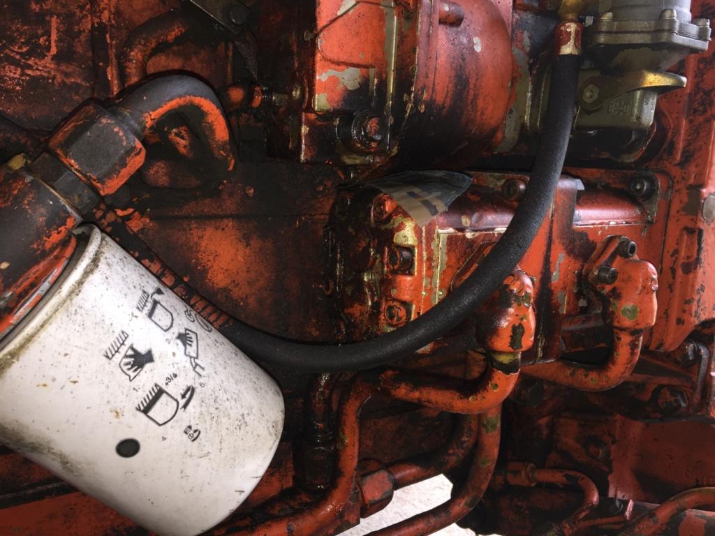fuite huile pompe injection Carraro 571-4 Img_2710