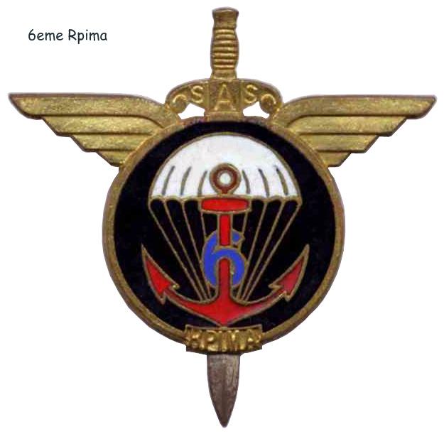 -Les DEUX RPIMA  en  Indochine Insign10