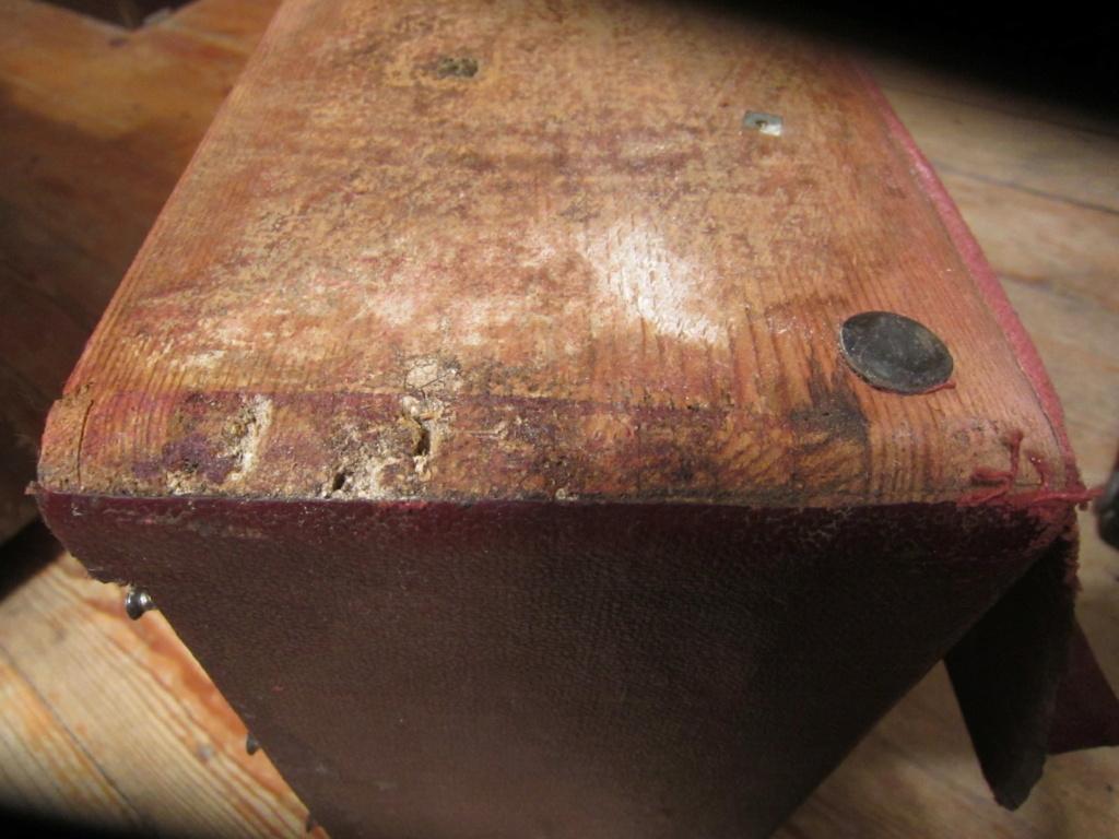 Реставрация деревянного корпуса патефона Img_2030