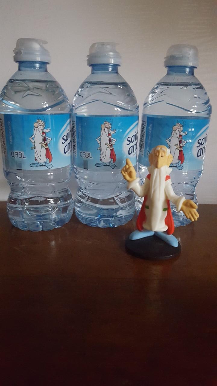 Astérix vous déshydrate avec les eaux Saint Amand ! St_ama18